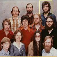 تشخیص چهره و انتخاب یک چهره از بین تمامی چهره های موجود در عکس:پروژهمتلبارزان